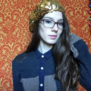 Vintage Accessories - Golden Sequin Baret Beanie Hat Vintage Perforer
